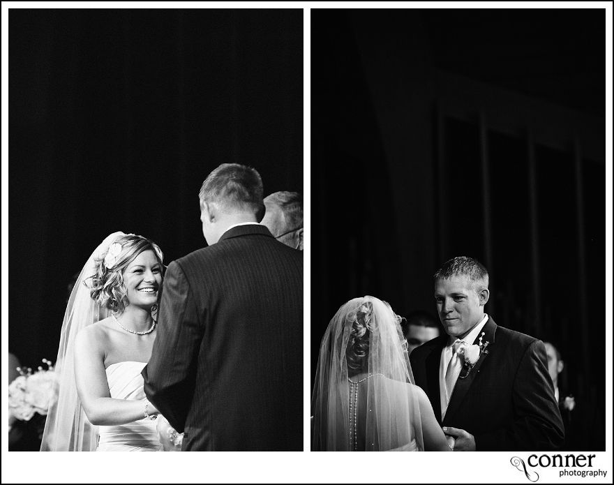 St Louis Wedding Photographers - John Deere Country Wedding (27)
