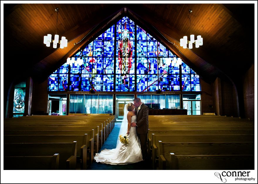 St Louis Wedding Photographers - John Deere Country Wedding (31)