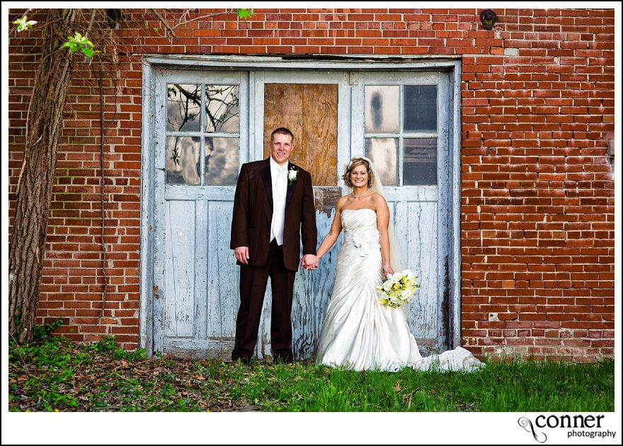 St Louis Wedding Photographers - John Deere Country Wedding (41)