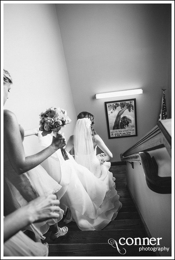 Chandler Hill Winery by St Louis Wedding Photographers (14)