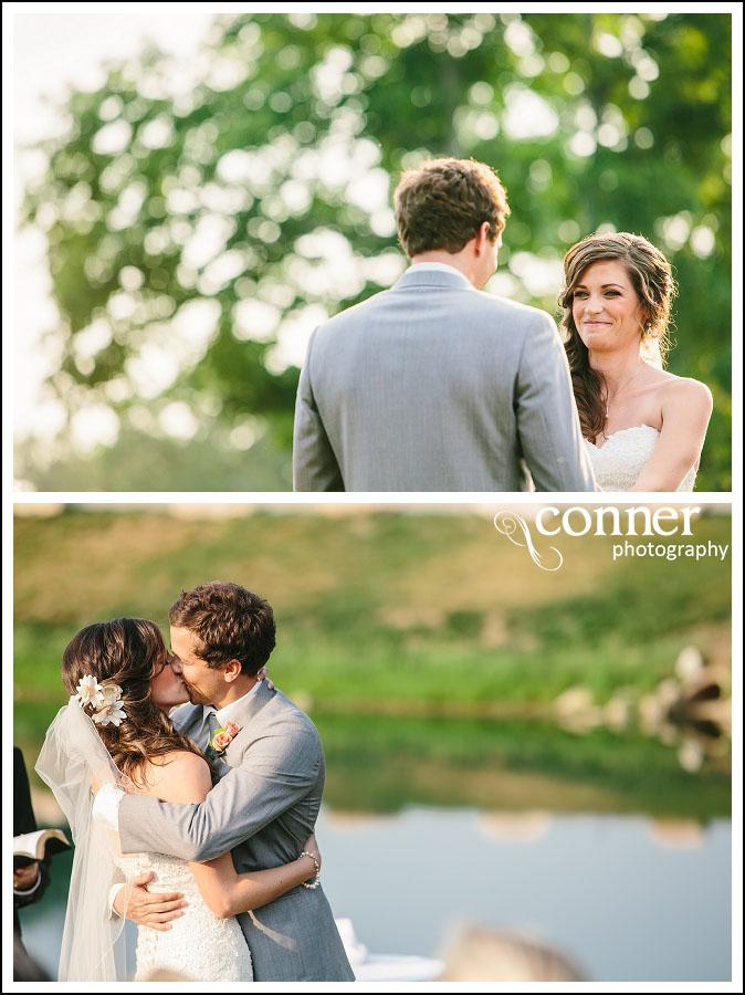 Chandler Hill Winery by St Louis Wedding Photographers (32)