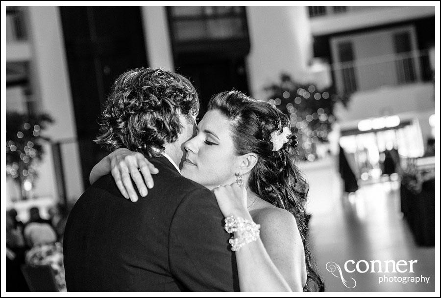 Hotel Lumiere St Louis Wedding Photos (39)