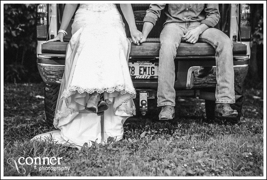 Demolition Derby & Hidden Lake Winery Wedding Bridal Photos (10)