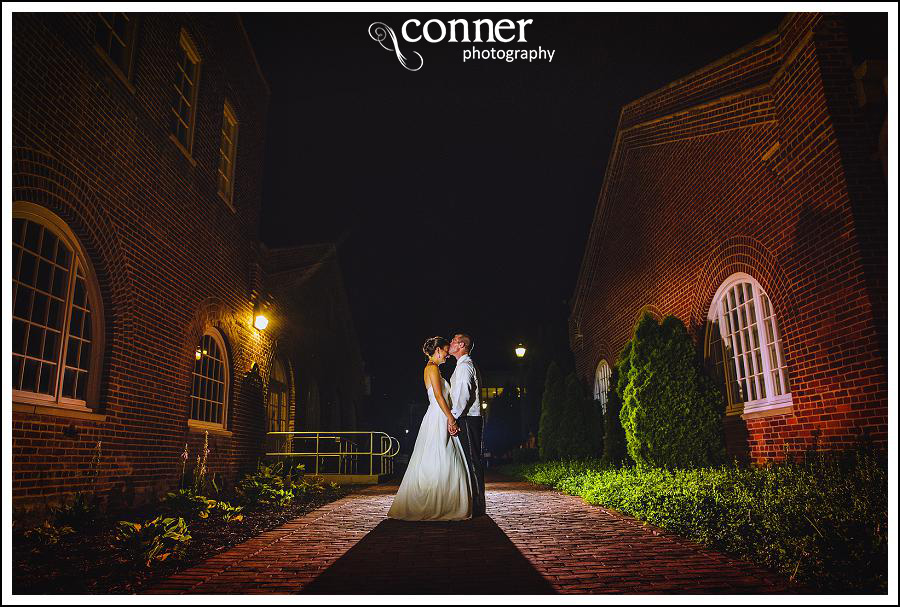leclair room and siue gardens wedding photos (40)