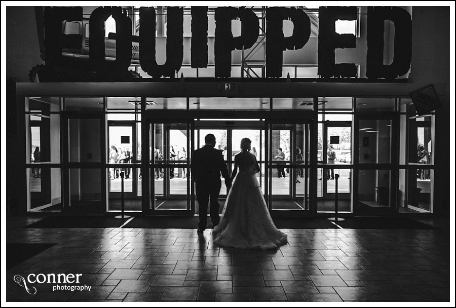 leclaire-room-reception-venue-by-st-louis-wedding-photography_0012
