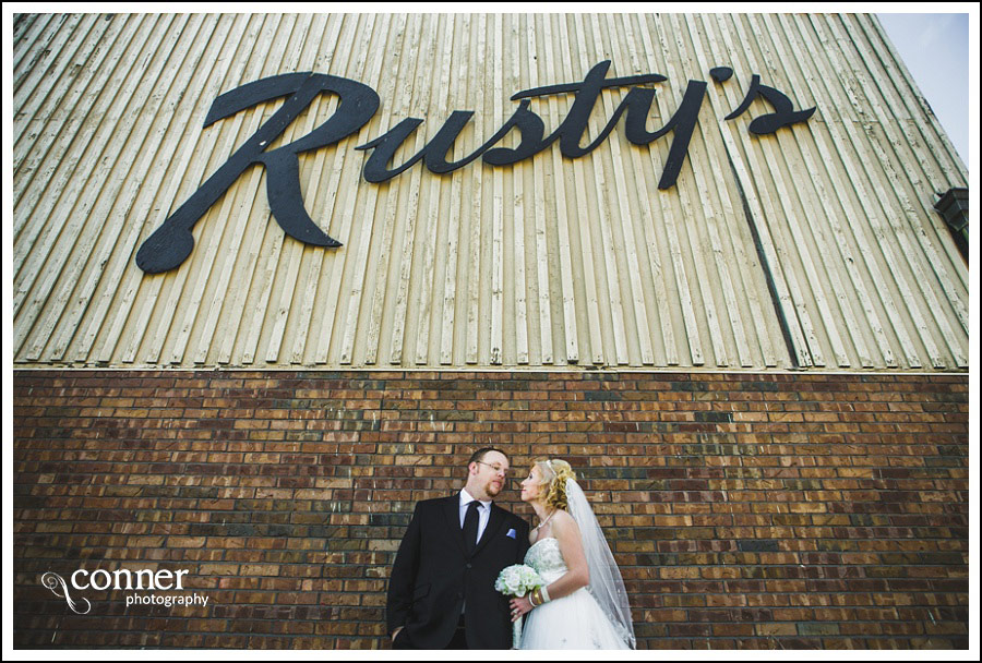 leclaire-room-reception-venue-by-st-louis-wedding-photography_0016