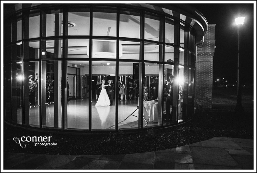 leclaire-room-reception-venue-by-st-louis-wedding-photography_0034