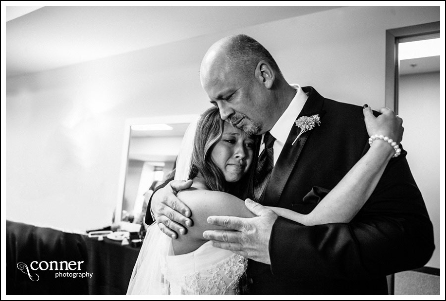 Bel Air Bowl Wedding Reception by St Louis Wedding Photographers