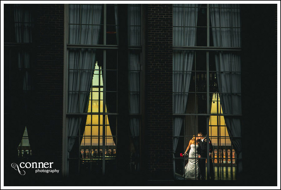 renaissance-grand-st-louis-wedding-photography_0016