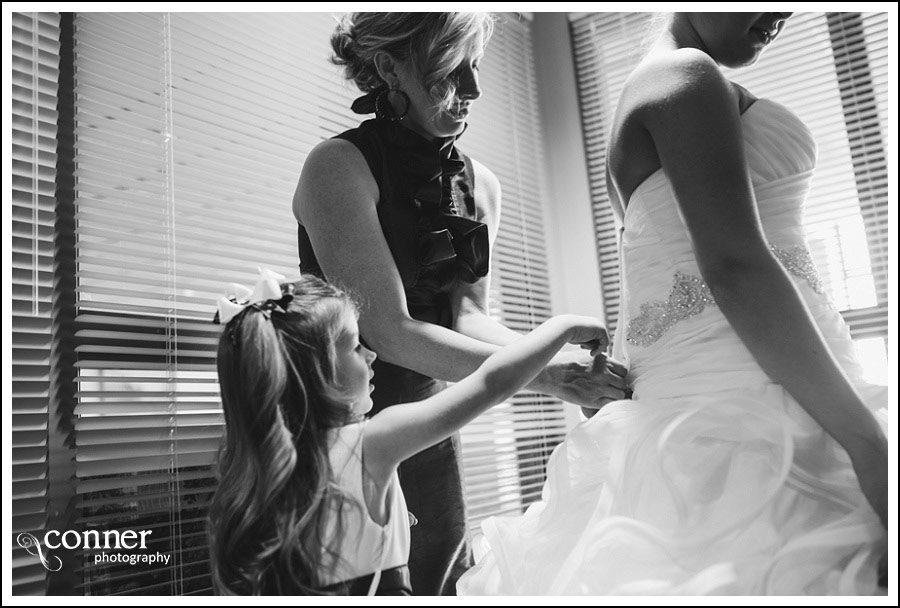 us-navy-wedding-at-first-baptist-st-louis-wedding-photography_0017