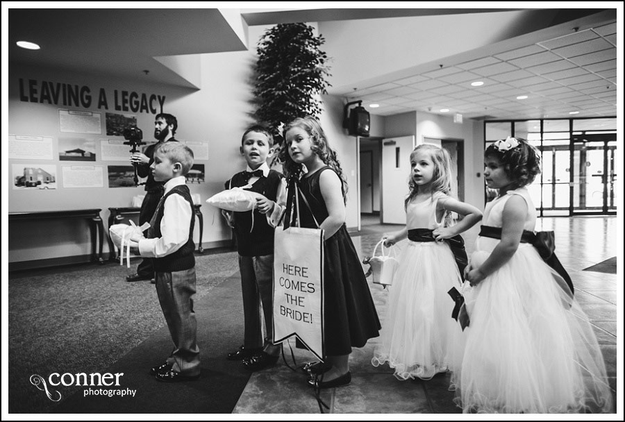 us-navy-wedding-at-first-baptist-st-louis-wedding-photography_0024
