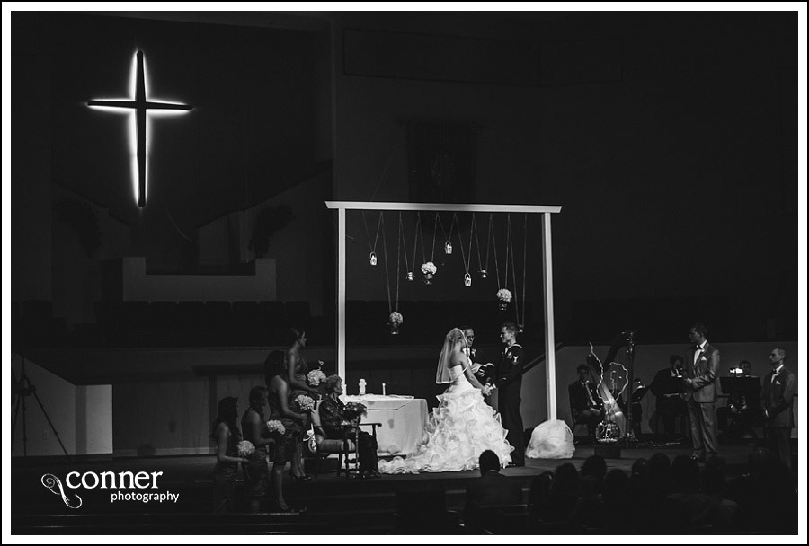 us-navy-wedding-at-first-baptist-st-louis-wedding-photography_0029