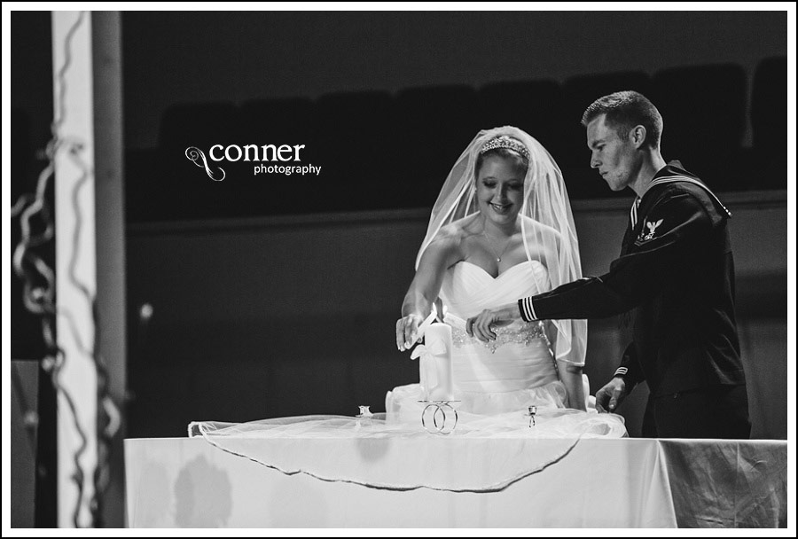 us-navy-wedding-at-first-baptist-st-louis-wedding-photography_0031