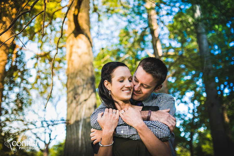 forest-park-engagement-photos-by-st-louis-wedding-photographers_0004