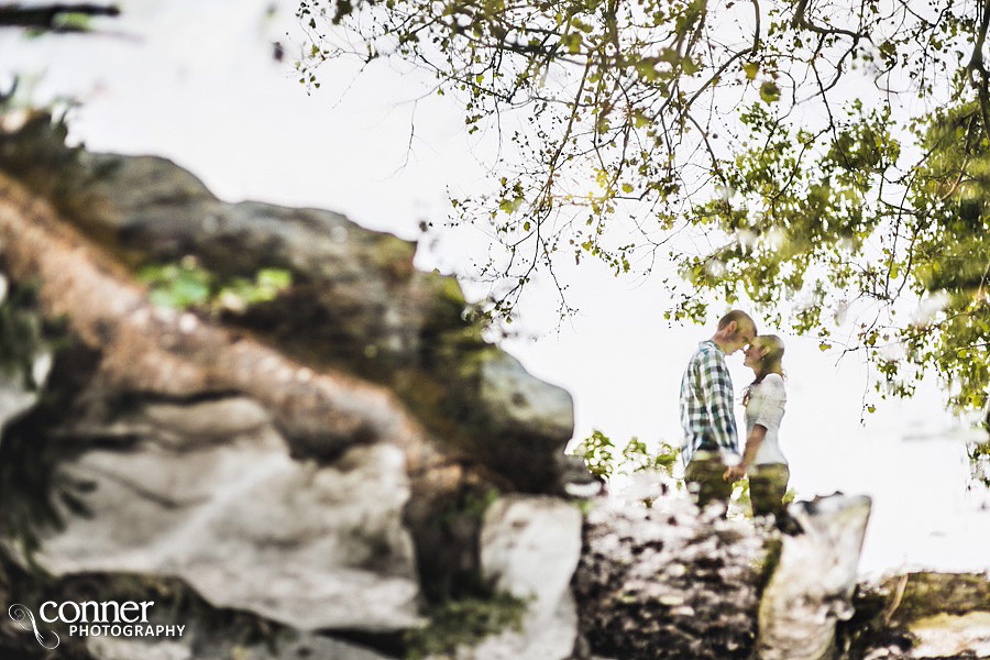 forest-park-engagement-photos-by-st-louis-wedding-photographers_0014