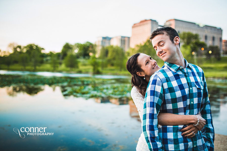 forest-park-engagement-photos-by-st-louis-wedding-photographers_0017