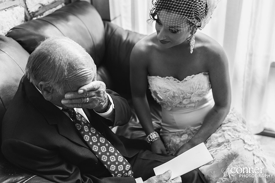 st-louis-wedding-photography-at-home_0025