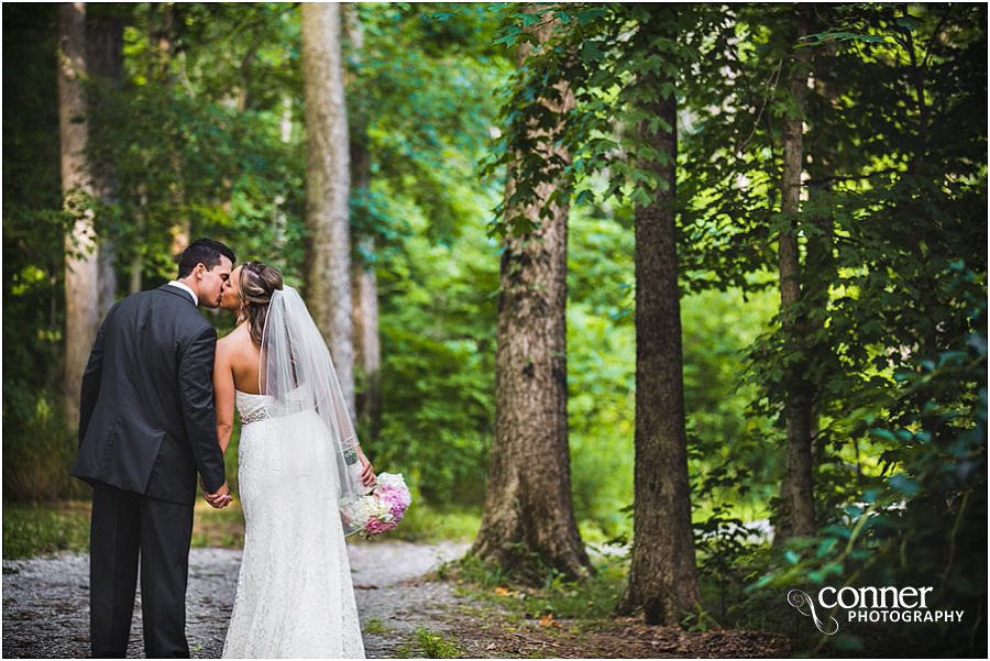 aviston-hidden-lake-winery-st-louis-wedding-photography_0038