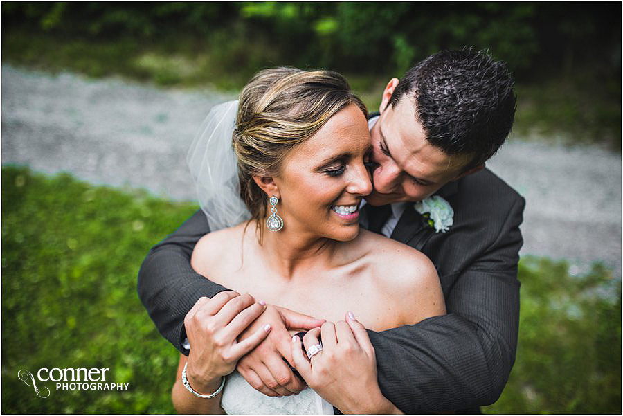 aviston-hidden-lake-winery-st-louis-wedding-photography_0043