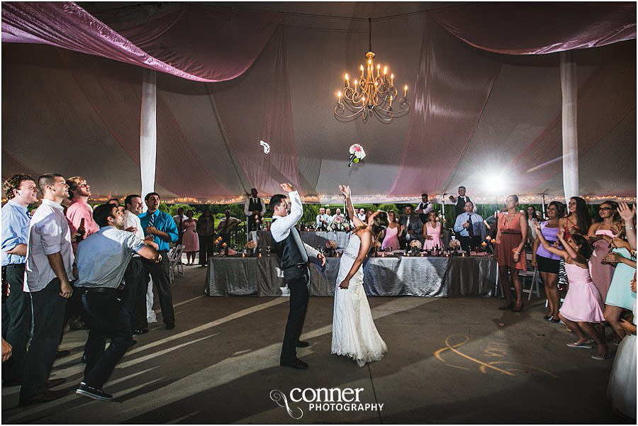 aviston-hidden-lake-winery-st-louis-wedding-photography_0055