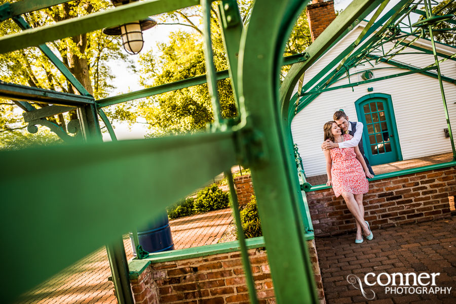 queeny-park-st-louis-engagement-photography-2