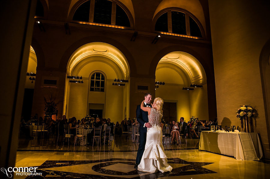 21 St Louis Art Museum Wedding Photos